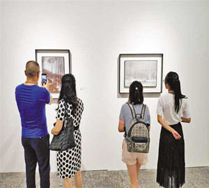 oil-painting-exhibition-of-houbao-chuan's-in-testbed-2
